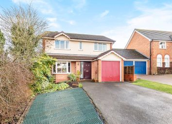 Thumbnail 4 bed detached house for sale in Fontwell Drive, Alton, Hampshire