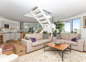 Thumbnail 2 bed detached house for sale in Battersea High Street, London