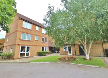 Thumbnail 2 bed flat to rent in Beehive Lane, Ilford, Essex
