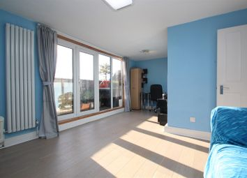Thumbnail 1 bed flat to rent in Salisbury Walk, Archway