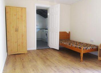 Thumbnail 1 bedroom flat to rent in Avenue Road, Erdington, Birmingham