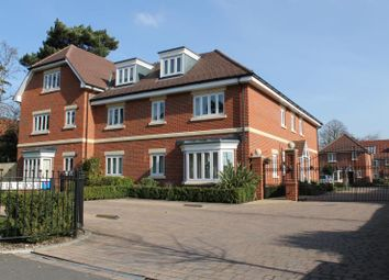 Thumbnail 2 bed flat to rent in Dunnell Close, Green Street, Lower Sunbury
