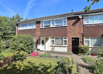 3 bed property for sale in Knaphill, Woking, Surrey GU21