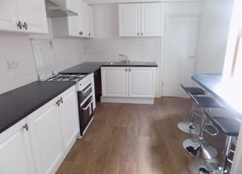 Thumbnail 1 bedroom flat to rent in Portland Road, Luton, Bedfordshire