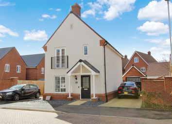 Thumbnail 3 bed detached house for sale in Cecily Close, Berkhamsted, Hertfordshire