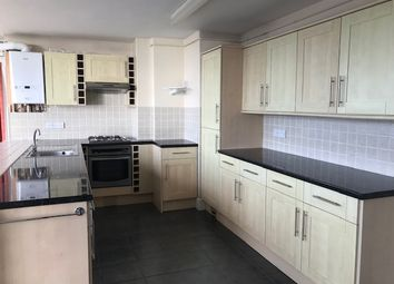 Thumbnail 2 bedroom flat to rent in St. Lukes Road South, Torquay