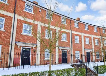 Beacon Avenue, Kings Hill, West Malling, Kent ME19. 4 bed town house for sale