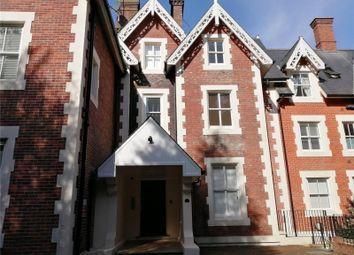 2 bed flat to rent in Calverley Park Gardens, Tunbridge Wells, Kent TN1
