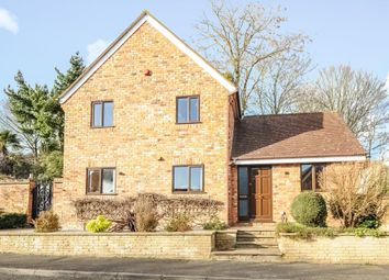 Thumbnail 4 bedroom detached house to rent in Woodcote, Maidenhead