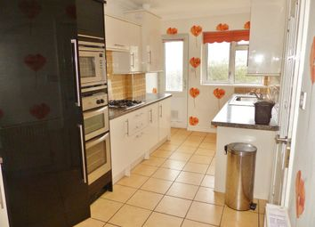 Thumbnail 2 bed flat to rent in Adelphi Road, Paignton