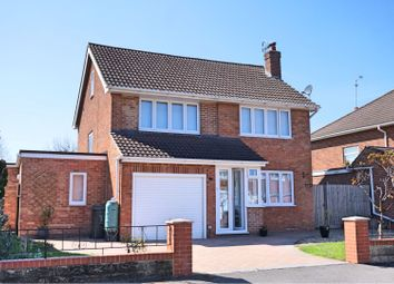 Thumbnail 4 bed detached house for sale in Yiewsley Crescent, Swindon