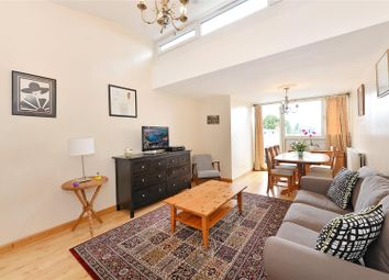 2 bed maisonette for sale in Finborough Road, London SW10