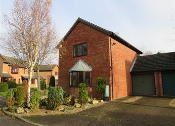 Thumbnail 3 bed detached house to rent in Wheelwrights, Weston Turville, Aylesbury