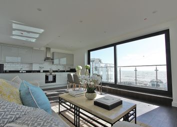 2 bed flat for sale in South Street, Worthing BN11