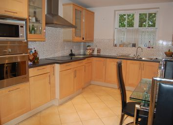 Thumbnail 2 bedroom flat to rent in Repton Park, Woodford Green