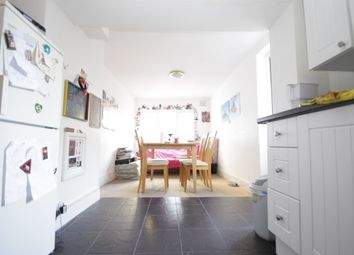 Thumbnail 4 bed flat to rent in Chatsworth Road, Clapton