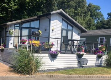 Thumbnail 2 bed mobile/park home for sale in Millers Way, Pilgrims Retreat, Harrietsham
