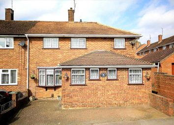 Thumbnail 3 bed detached house for sale in Pixies Hill Road, Hemel Hempstead
