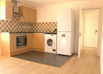 Thumbnail 2 bed flat to rent in Goldington Road, Flat 5, Bedford