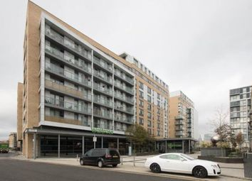 Thumbnail 1 bed flat to rent in Gladstone House, Dowell Street, London