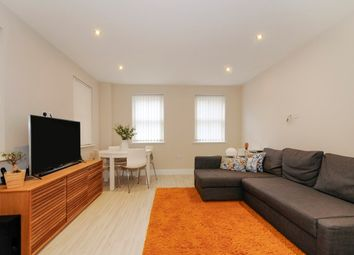 Thumbnail 1 bed flat to rent in High Street, Rickmansworth