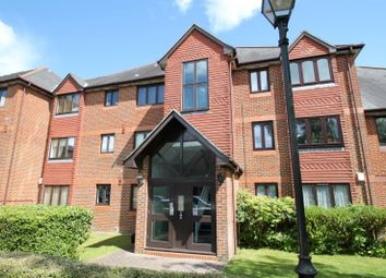 Thumbnail 2 bed flat to rent in The Maples, Granville Road, St Albans
