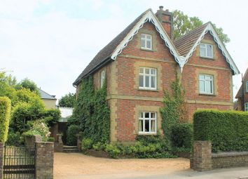 Thumbnail 4 bed property for sale in Lingfield Road, Edenbridge