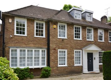 Thumbnail 5 bed detached house to rent in Springfield Road, London