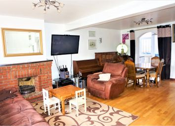 3 bed terraced house for sale in Wellingborough Road, Earls Barton NN6