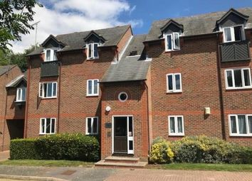 Thumbnail 2 bedroom flat for sale in Arundel Close, Tonbridge