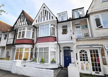 Thumbnail 2 bed flat for sale in Pall Mall, Leigh On Sea, Essex
