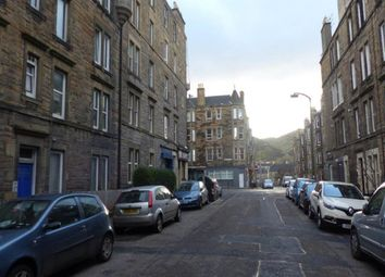 Thumbnail 1 bed flat to rent in Dalgety Avenue, Edinburgh