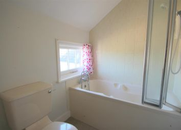 Thumbnail 1 bedroom flat to rent in Chart Lane, Reigate