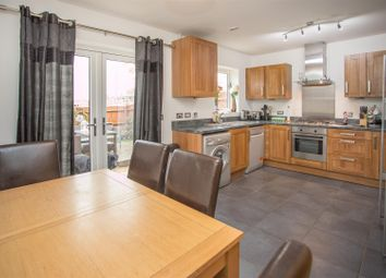 Thumbnail 4 bed town house for sale in Stilton Close, Aylesbury