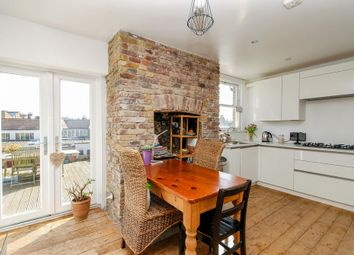 2 bed flat for sale in Bassano Street, Park House, East Dulwich, London SE22