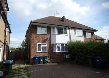 2 bed maisonette to rent in Station Close, London N3