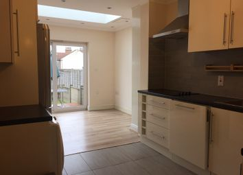 Thumbnail 2 bed flat to rent in Rosemary Avenue, Finchley, London