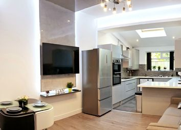 8 bed terraced house to rent in Albion Road, Fallowfield, Manchester M14