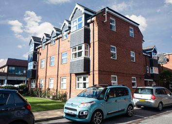 Crowne House, Eastbourne BN21. 2 bed flat