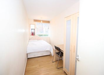 Thumbnail Room to rent in Topmast, Canary Wharf