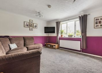 Thumbnail 2 bed flat for sale in Chancel Mansions, Bracknell, Berkshire