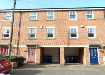 3 bed town house to rent in Roman Road, Derby DE1