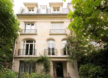 Thumbnail 7 bed villa for sale in Neuilly Sur Seine, Neuilly Sur Seine, France
