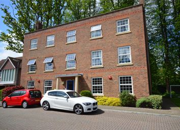 Thumbnail 2 bed flat for sale in Spring Close, Crawley