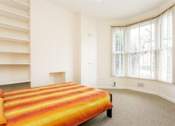 Thumbnail 3 bed maisonette to rent in Brooke Road, Stoke Newington