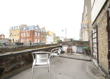 Thumbnail 4 bed flat to rent in Chapel Market, Islington, London