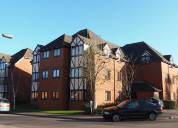 Thumbnail Studio to rent in Leafield, Luton