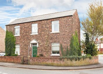 Thumbnail 3 bed detached house for sale in Cowick Road, Snaith, Goole