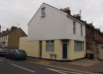 Thumbnail 1 bed maisonette to rent in Richmond Road, Gillingham