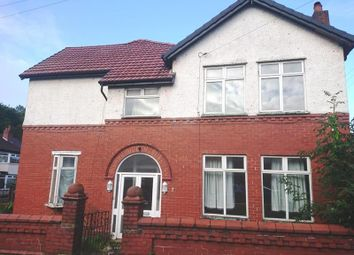 4 bed semi-detached house to rent in York Avenue, Prestwich, Manchester M25
